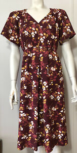 Isabel New  Maternity Medium Dress Burgundy Floral Flutter Sleeves Empire Waist