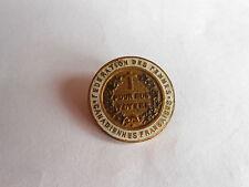Vintage Canadian Federation Des Femmes Canadiennes Francaises Pinback Pin