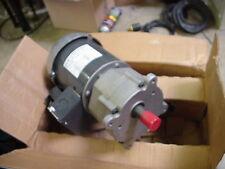 NEW Dayton AC gearmotor motor 115v/230v reversible 63rpm 2H449 / 1LPW8