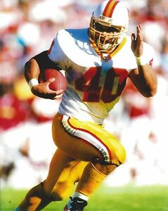 MIKE ALSTOTT 8X10 PHOTO TAMPA BAY BUCCANEERS BUCS PICTURE NFL FOOTBALL