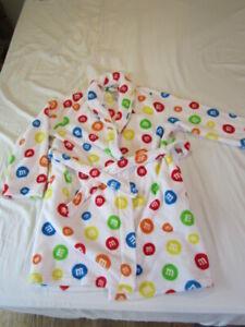 M&M World fuzzy robe, short plush robe, size Small/Medium