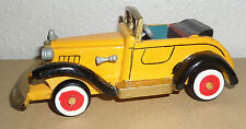 BEAUTIFUL WOODEN ANTIQUE HANDMADE MODEL CAR IN YELLOW (ST)