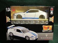 maisto 1/24 assembly line Maserati Trofeo Model Kit  Metal Toy