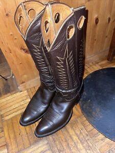 vintage 70's Tony Lama cowboy boots In great condition