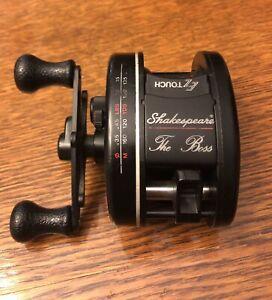 Vintage Shakespeare The Boss Model 8000 Baitcaster Fishing Reel