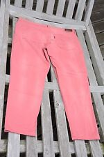 Jean léger Levi's rose Demi Curve ankle skinny W31 comme neuf
