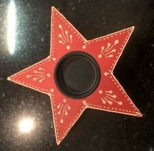 Wooden painted star tealight holder