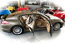 *NAHEZU NEUZUSTAND* Porsche Panamera Turbo inkl. 19% MwSt. im Oldtimer Museum