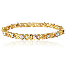 Mahi Daily Wear Gold Plated Twist & Shine Bracelet with Crystal BR1100126G
