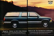 1993 Chevrolet Suburban Original 2-page Advertisement Print Art Car Ad J866