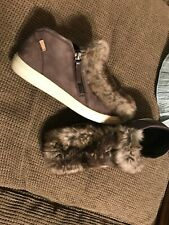 "ECCO Women's Sneakers ""Gillian"" Side Zip Gray Leather Shoes WITH FUR  Size 7 M"