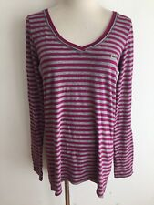 LACOSTE V-Neck Hi-Lo Top T-Shirt Tee Berry & Gray Heather Stripes Size 40
