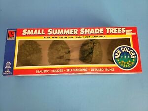 Vintage Life Like Trains Small Summer Shade Trees NEW item #1910 Realistic Color