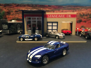 1:64 Hot Wheels LE Dodge Viper GTS Dark Blue with White Stripes 35th Anniversary