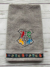 Harry Potter Hogwarts Crest Hand Towel - Harry Potter Bath Decor Towel - Gray