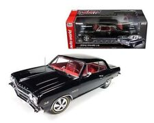 AUTO WORLD 1:18 AMERICAN MUSCLE - 1965 CHEVROLET CHEVELLE Z-16 AMM1061