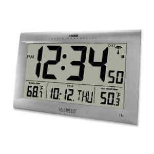 La Crosse Technology Large Atomic Digital Clock - Silver