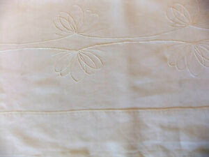 Sheet Wire Linen White 7 4/12ft x 10 2/12ft IN Discovery Embroidered