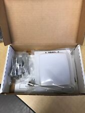 Telex 2401AA 2.4GHz 8.5d Bi-directional Patch Antenna