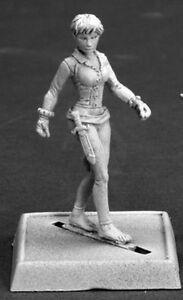 TRINIA SABOR - PATHFINDER REAPER figurine miniature rpg jdr acrobat rogue 60102