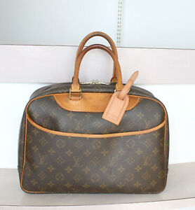AUTHENTIC LOUIS VUITTON DEAUVILLE Monogram handbag No.1241