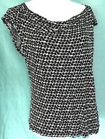 Old Navy Women sz Large Top Black White Print Stretch Knit Pullover S/S Boatneck