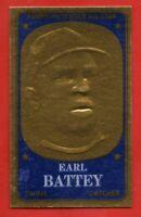 1965 Topps Embossed #70 Earl Battey NEAR MINT/MINT Minnesota Twins FREE SHIPPING