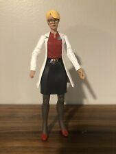 DC Arkham Origins: Dr. Harleen Quinzel Figure