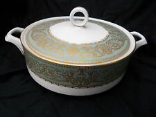 Royal Worcester BALMORAL Green. Covered Vegetable Dish