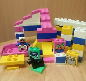 DUPLO HOUSE BUNDLE pink Lego Duplo House Inc Furniture & Figures