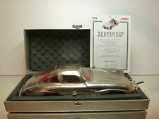 MARKLIN 1952 MERCEDES BENZ 300 SL GULLWING - METAL COLOR 1:18 - EXCELLENT IN BOX