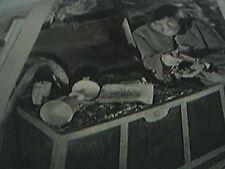 film item 1950 long john silver robert newton treasure chest