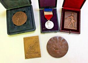 Lot de médailles de table et d'une médaille argent Ministère Agriculture