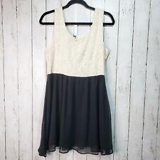 Forever 21 Ivory Black Sheath Dress Size Large