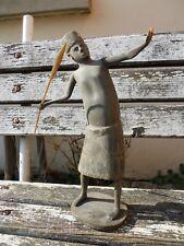 Ancienne statuette personnage ethnique homme au sagaie javelot guerrier