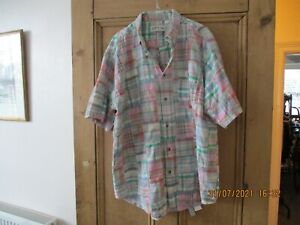 Orvis short sleeve shirt.  Size L  44/46 inch chest