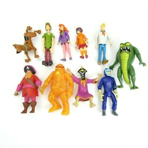 Scooby-Doo Friends and Foes Action Figure Set 10 Figures LOOSE No Box