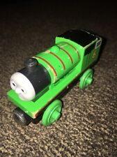 VINTAGE 2003 THOMAS & FRIENDS WOODEN TRAIN PERCY GREEN ENGINE