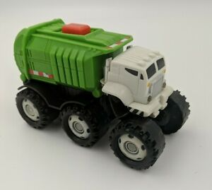 Mattel Matchbox Stinky The Garbage Truck Talking Robot Lights and sounds