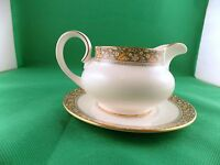 Royal Doulton Maplewood Gravy Boat with Stand