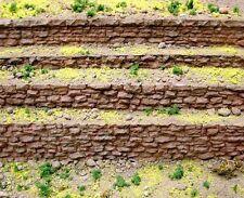 Chooch (HO/O Scale) #8303 Medium Random Stone Row Wall - NIB