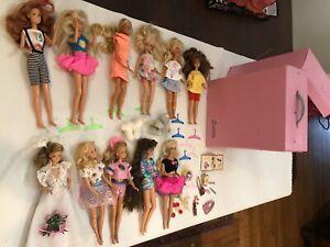 Vintage Lot Barbie Skipper Dolls Case 1970s 1980s Clothes