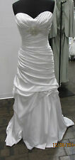 Casablanca Bridal Dress -Style 2086-Size 16- Ivory (23s)