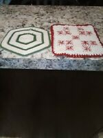 Vintage Hand-Crocheted Pair of Hot Pads Pot Holders Green/White Red/White