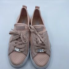 GBG By Guess Women's GGODDESY Shoes - Size 8M