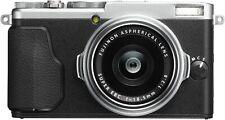 [NEAR MINT] Fujifilm X70 Silver16.3MP Black from JAPAN (N381)