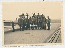 Foto Flugzeug / Airplane mit Piloten/Mechaniker (1415)