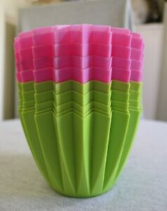 """NEW Molded 4.5"""" H Pink or Green Plastic Bowl Vase Hawaiian Beach Luau Party"""