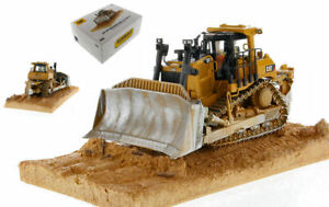 DIECAST MASTER DM85702 CAT D9T WEATHERED TRACK-TYPE TRACTOR 1:50