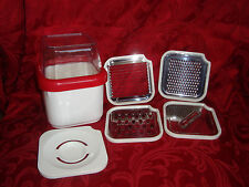 Compact Square Manual Juicer Cheese Grater Slicer 30oz 900ml 1 1/2 pint 3 cup+